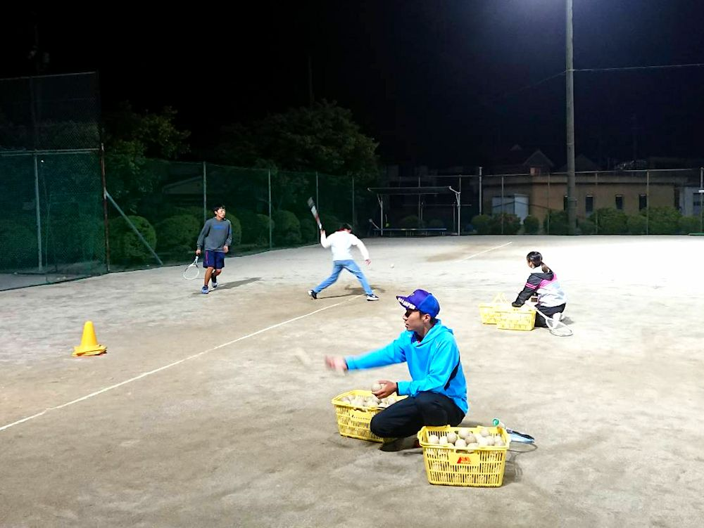 ソフトテニスレッスン風景