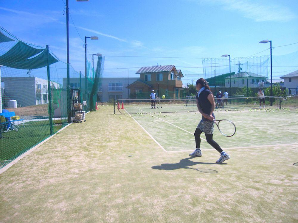 硬式テニスレッスンイメージ